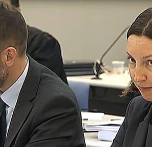Gericht-In-Neuseeland-Hört-Sich-Eminem-An-IgittBaby
